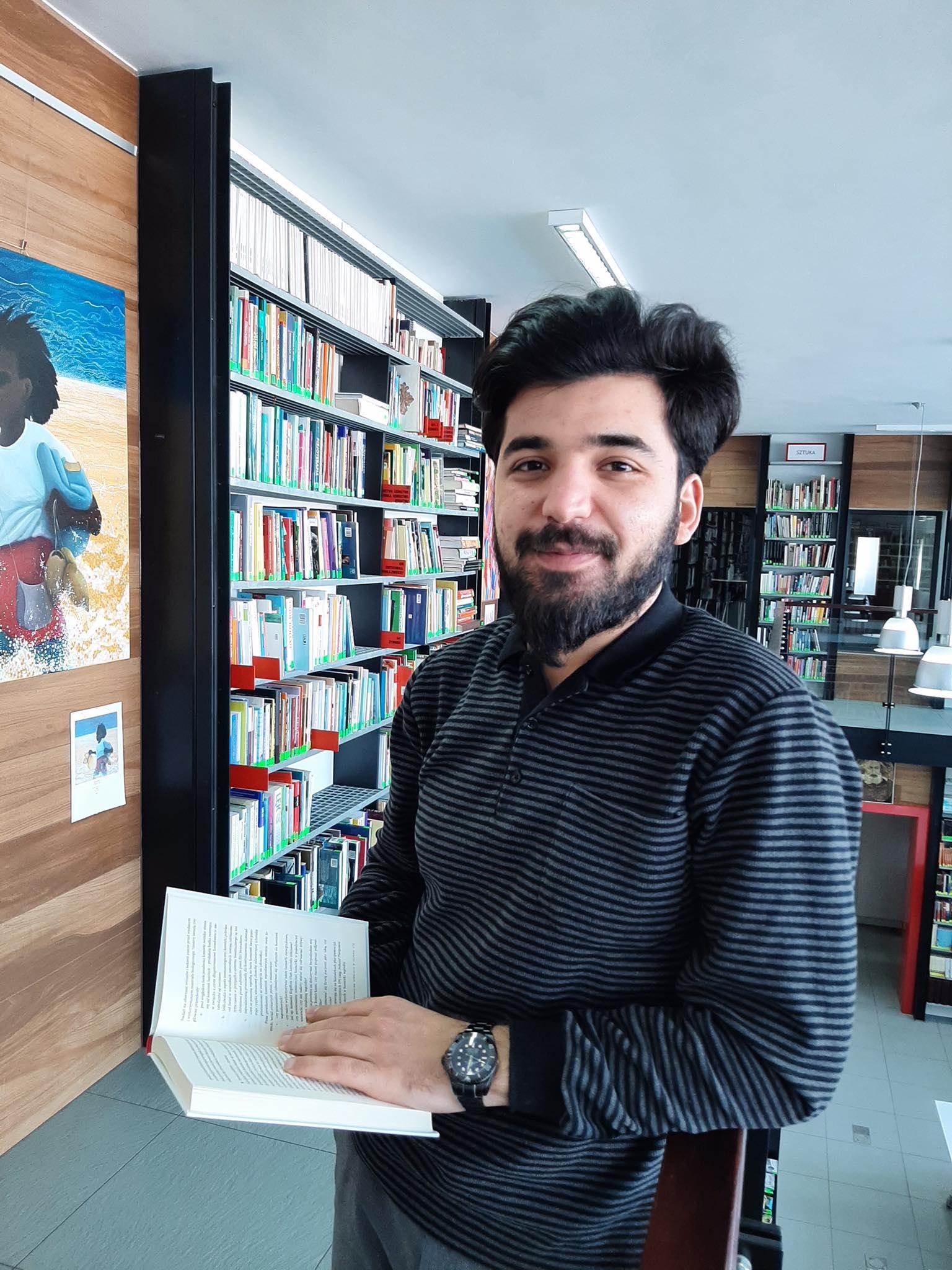 Elniz Isajew – wolontariusz pochodzący z Azerbejdżanu