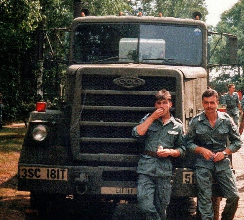 Pan Stanisław podczas służby wojskowej (pierwszy od prawej), archiwum prywatne