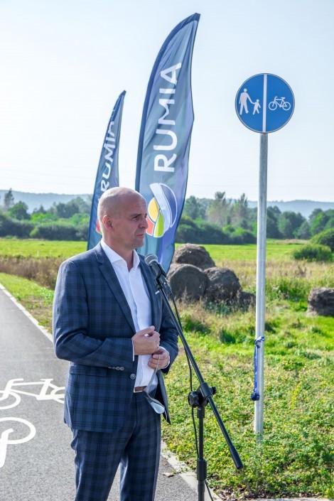 Przemawiający Piotr Ciechowicz, wiceprezes zarządu Agencji Rozwoju Pomorza.