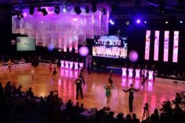 Wnętrze hali MOSiR podczas Mistrzostw FTS w 10 Tańcach.