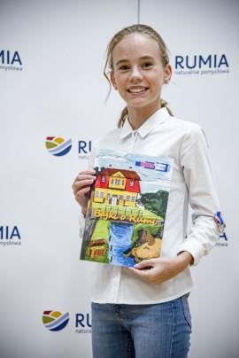 Laureatka konkursu literackiego.