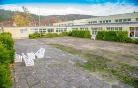 Patio Szkoły Podstawowej nr 7 w Rumi – stan przed remontem.