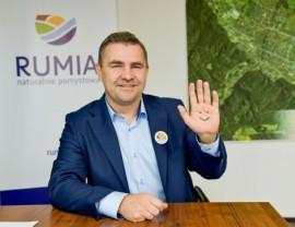Burmistrz Rumi Michał Pasieczny.