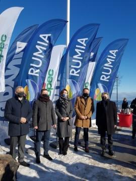 Osoby podpisujące porozumienie. Od lewej: burmistrz Redy Krzysztof Krzemiński, wiceburmistrz Rumi Ariel Sinicki, wiceprezydent Wejherow...