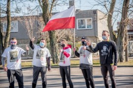 Uczestnicy symbolicznego biegu dla Żołnierzy Niezłomnych