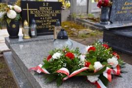 Pomnik Hipolita Roszczynialskiego (działacza samorządowego w II RP, wójta gminy Rumia-Zagórze oraz rotmistrza Wojska Polskiego)