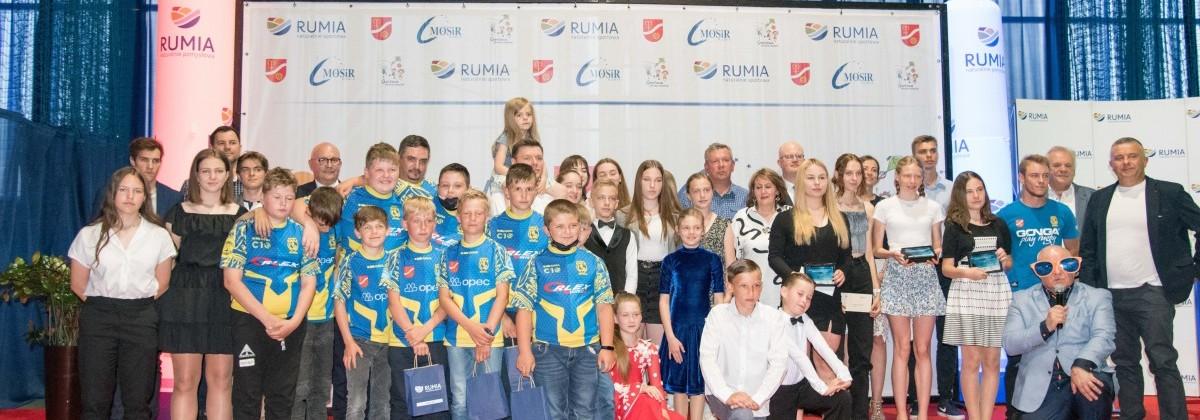Najlepsi sportowcy i trenerzy w Rumi zostali nagrodzeni