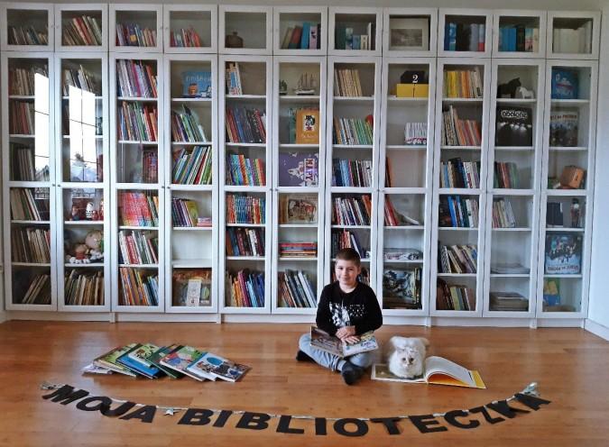 Niesamowite biblioteczki w konkursie Stacji Kultura