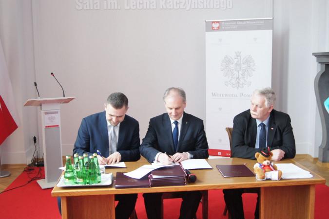 Podpisanie umowy na Schetynówkę