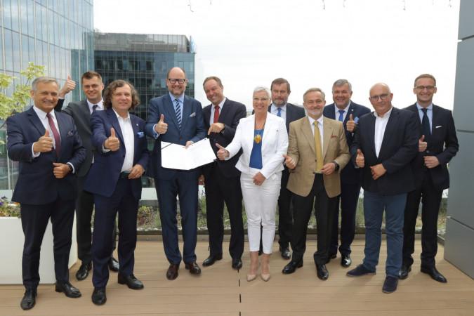 Podpisano umowę na budowę Systemu Roweru Metropolitalnego Mevo