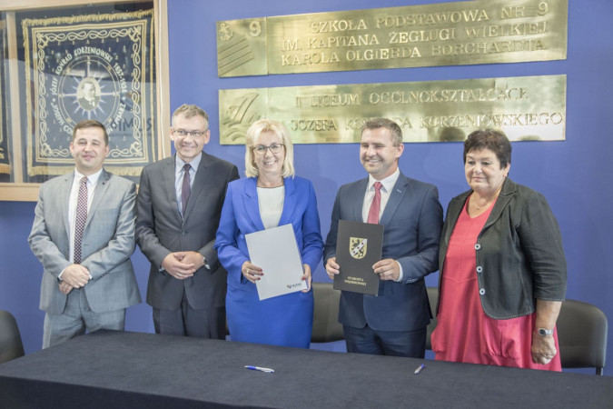 Umowa na dofinansowanie budowy windy podpisana