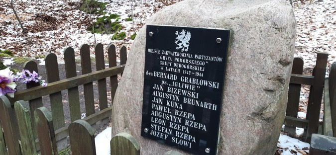 Gryf Pomorski w Rumi, Zagórzu i okolicach – działalność lokalnych partyzantów podczas II wojny światowej