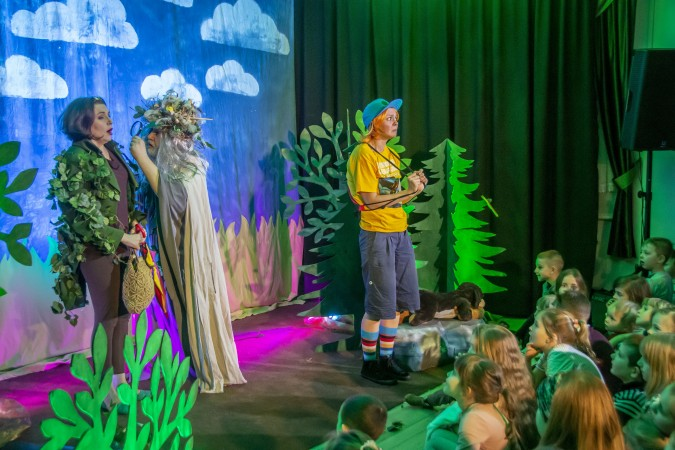 Dyzio zabrał dzieci w podróż po wyobraźni – premierowy spektakl