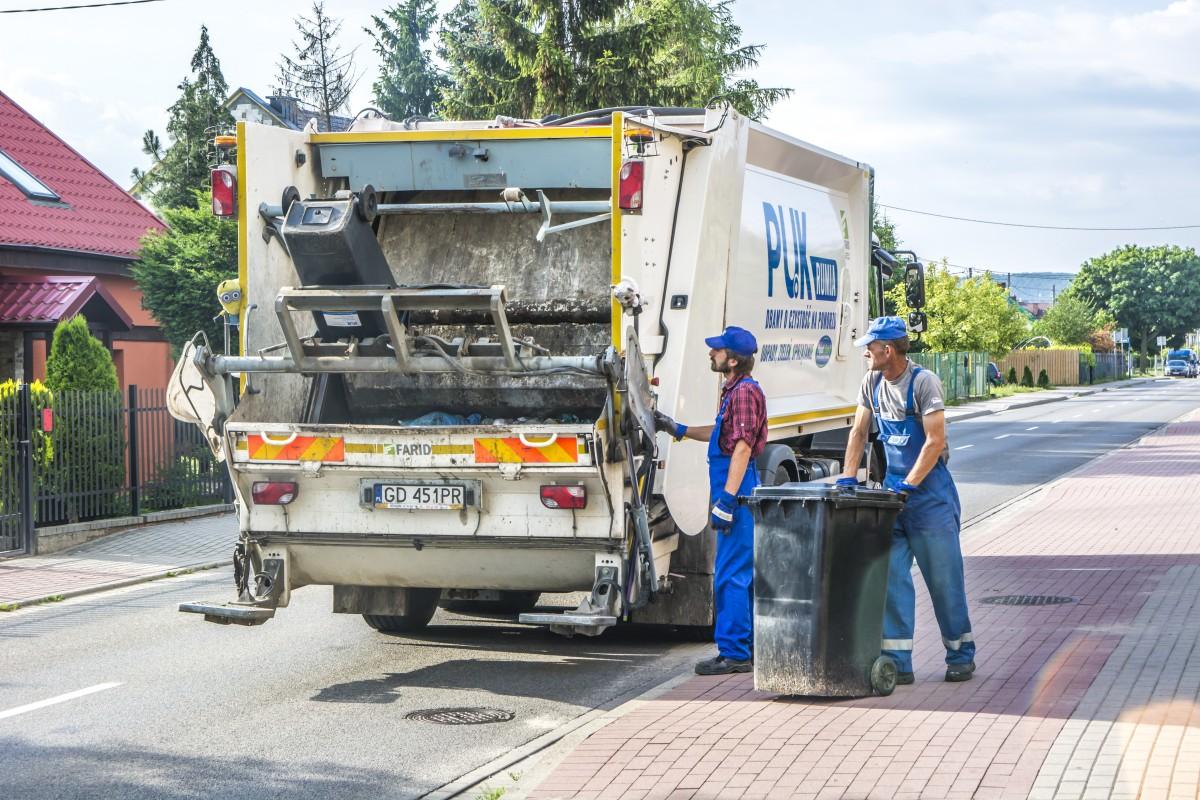 Coraz więcej śmieci, coraz więcej opłat