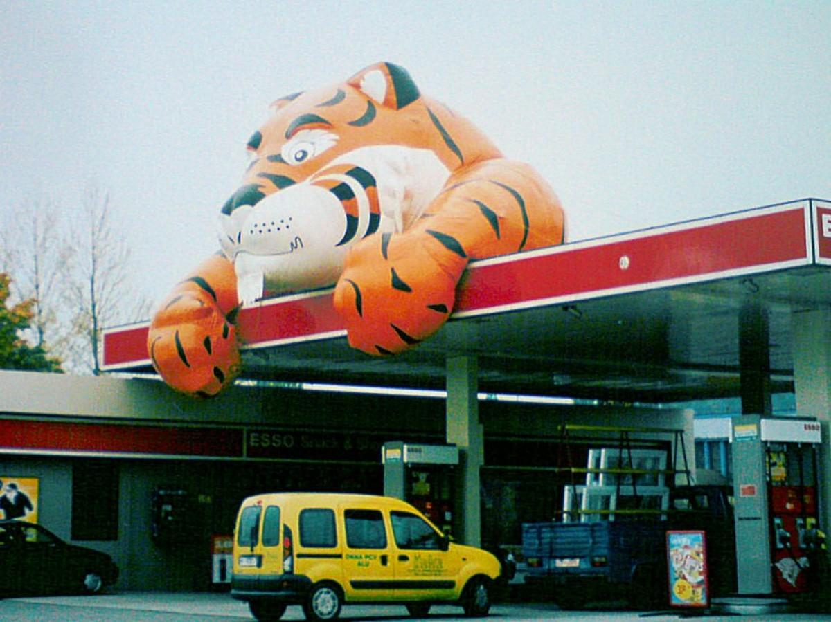 W pamięci rumian – Stacja Esso