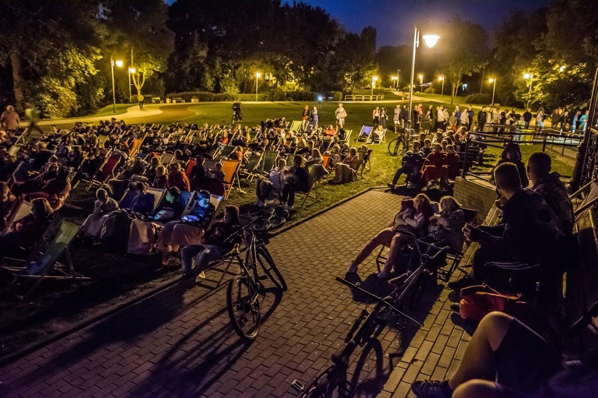 """""""Kino letnie"""" w Rumi – mieszkańcy wybrali repertuar"""