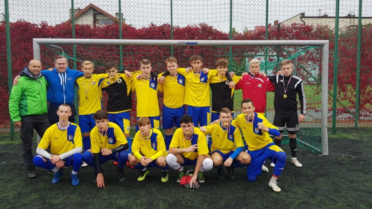 Licealiści rywalizowali w piłce nożnej