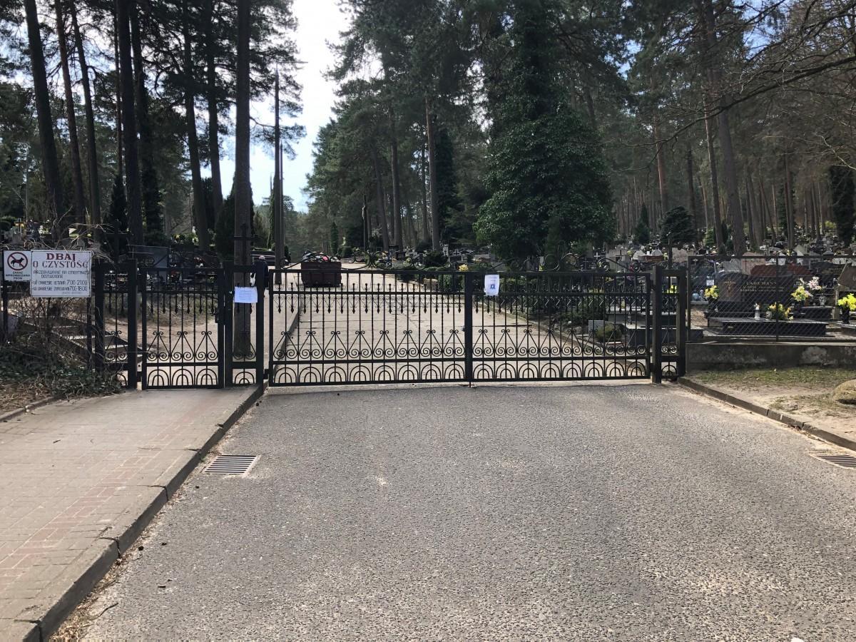 Zamknięcie cmentarza komunalnego w Rumi