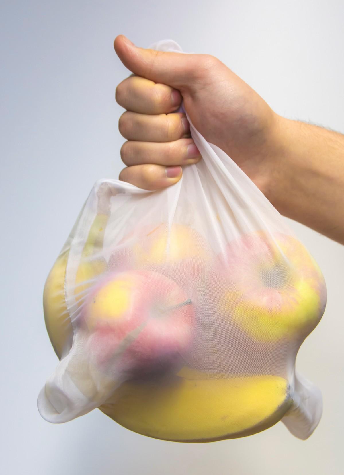 Ze zużytych firanek zrobią ekologiczne torby dla mieszkańców