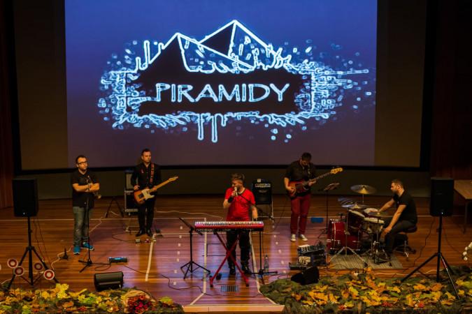 Koncert zespołu Piramidy